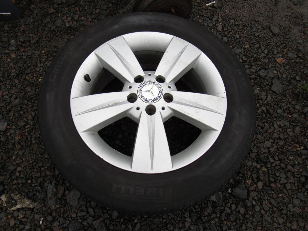 Диск литой с шиной R17 Mercedes-Benz Vito