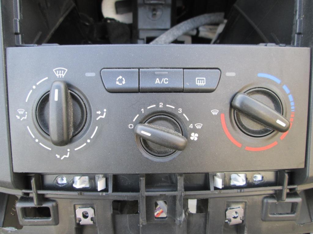 Блок управления климат контролем Citroen Berlingo 2008-2015