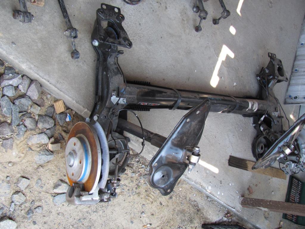 Балка задняя Citroen Berlingo 2008-2012