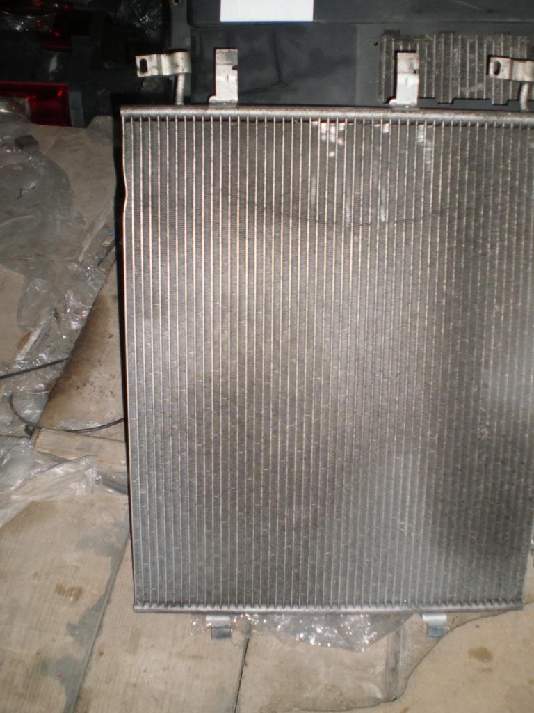 Радиатор кондиционера Renault Trafic 2.5 dci 2001-2013