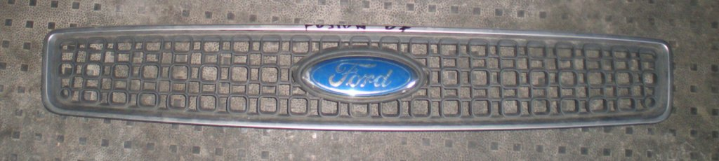 Решетка бампера Ford Fusion 2006-2010