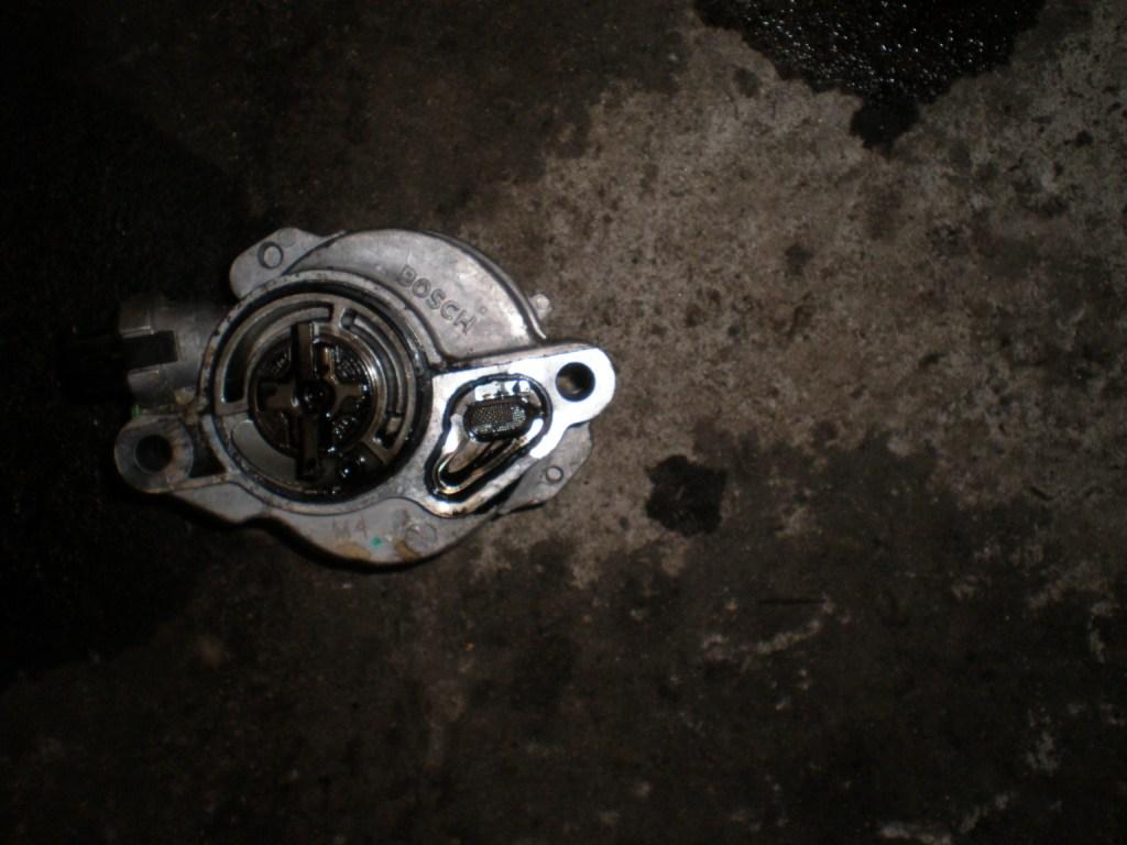 Вакуумный насос Citroen Berlingo 1.6 HDI 2008-2014
